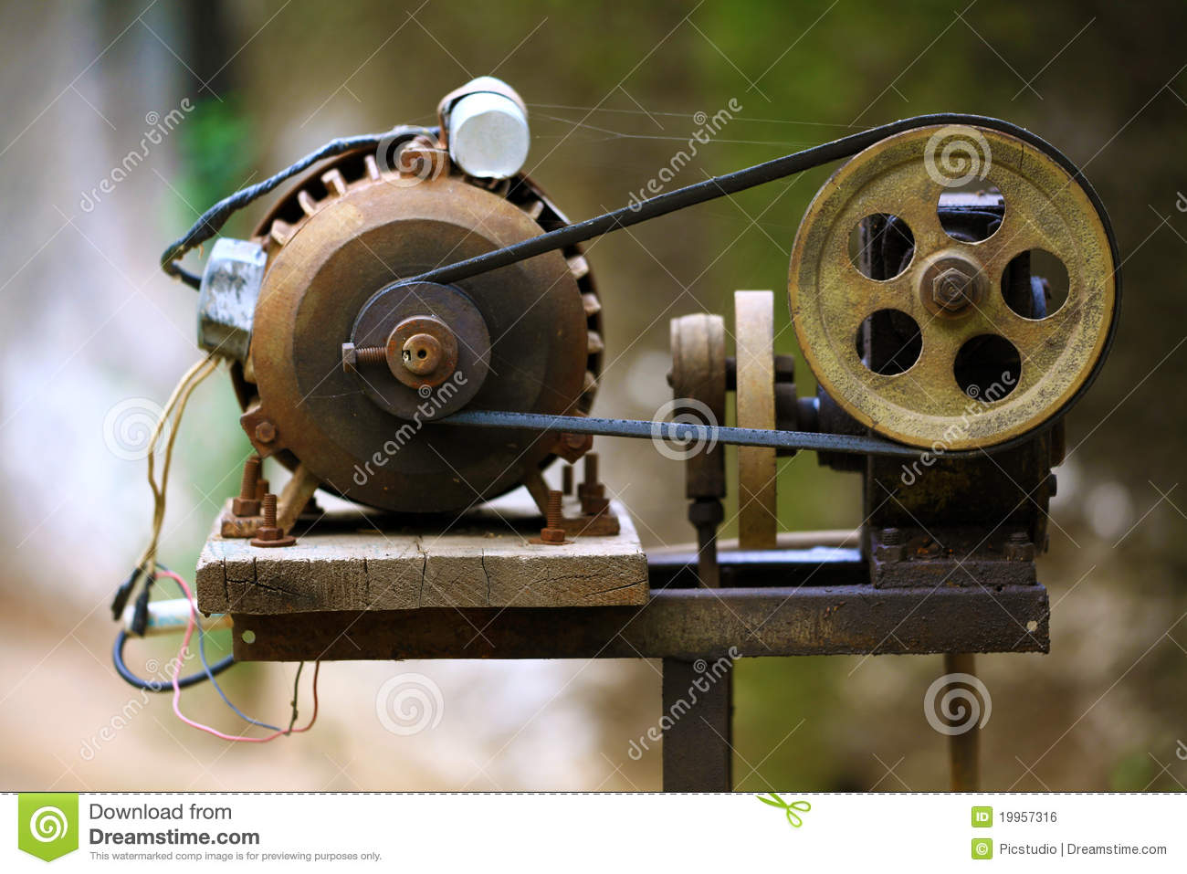 Pulley And Motor Royalty Free Stock Image Image 19957316