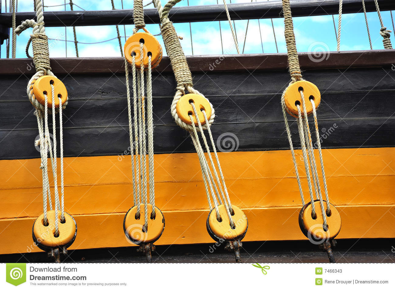 Pulleys of a boat