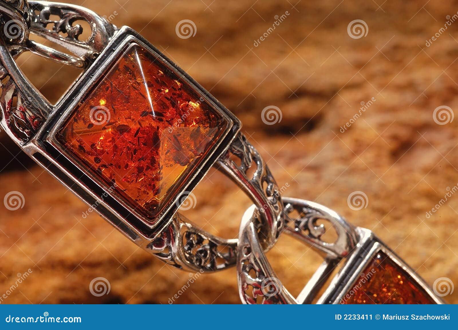 Pulsera ambarina en piedra