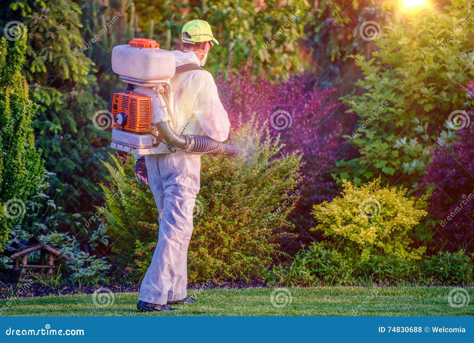 Pulverização do jardim do controlo de pragas