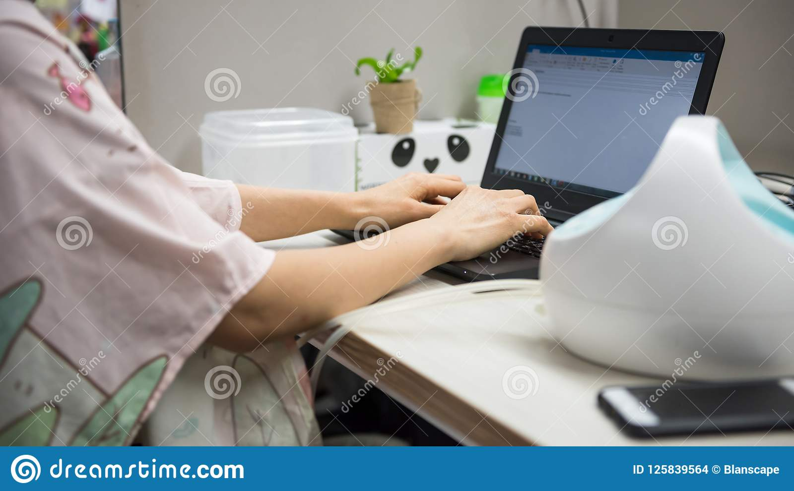 Pump Breastmilk And Work In Office Stock Photo - Image of