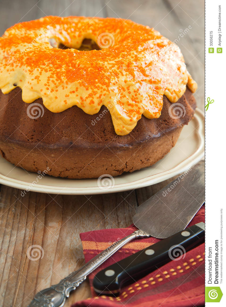 Pumpkin Spice Bundt Cake With Cream Cheese Frosting Royalty Free Stock ...