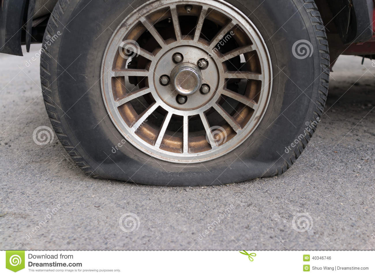 how to fix punctured car tyre