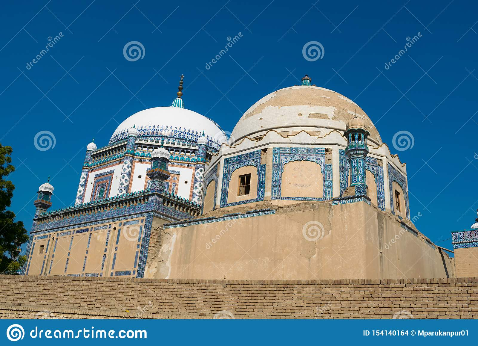 Punjab, Paquistán-marzo 9,2019: imagen del paisaje de la tumba del mohammad del dur del khawaja