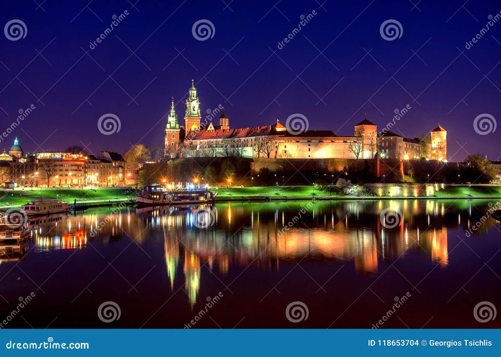 Punto di riferimento famoso del castello di Wawel a Cracovia