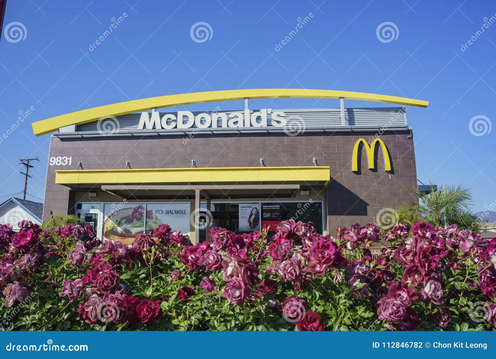 Punto di vista esteriore del Mcdonald famoso