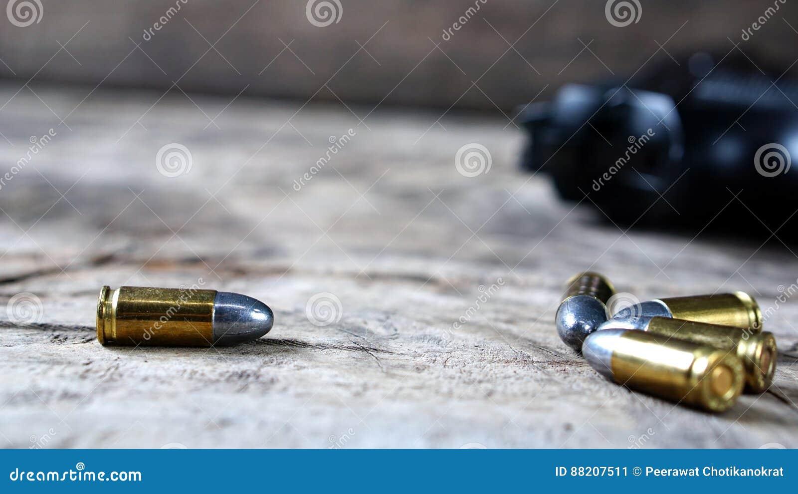 Puntos negros y arma