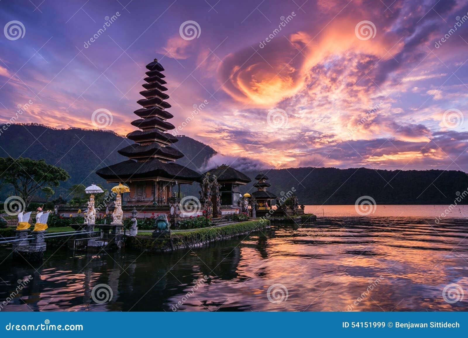 Pura Ulun Danu Bratan en Bali, Indonesia