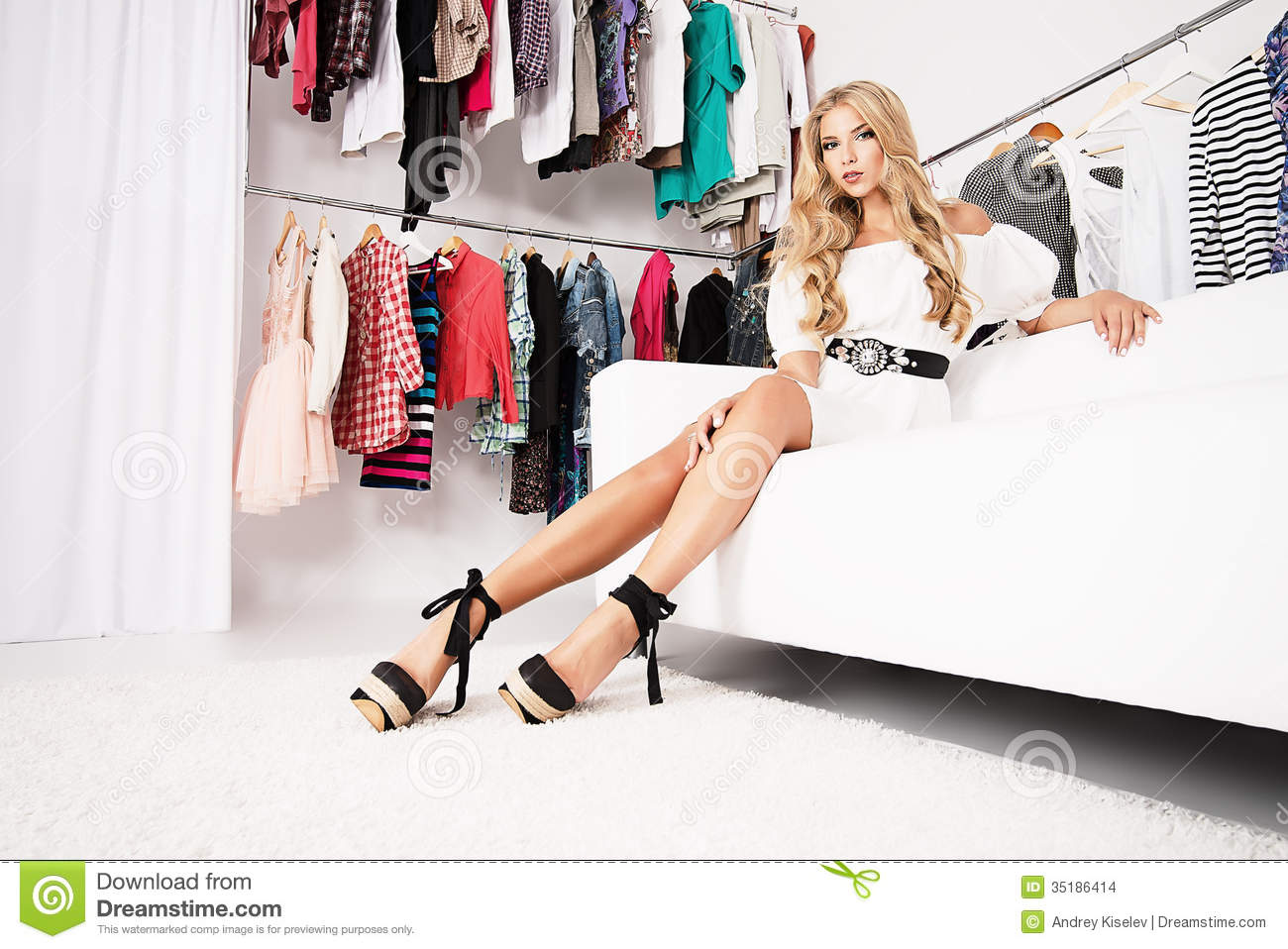 purchase fashionable young woman shopping clothing store. Black Bedroom Furniture Sets. Home Design Ideas
