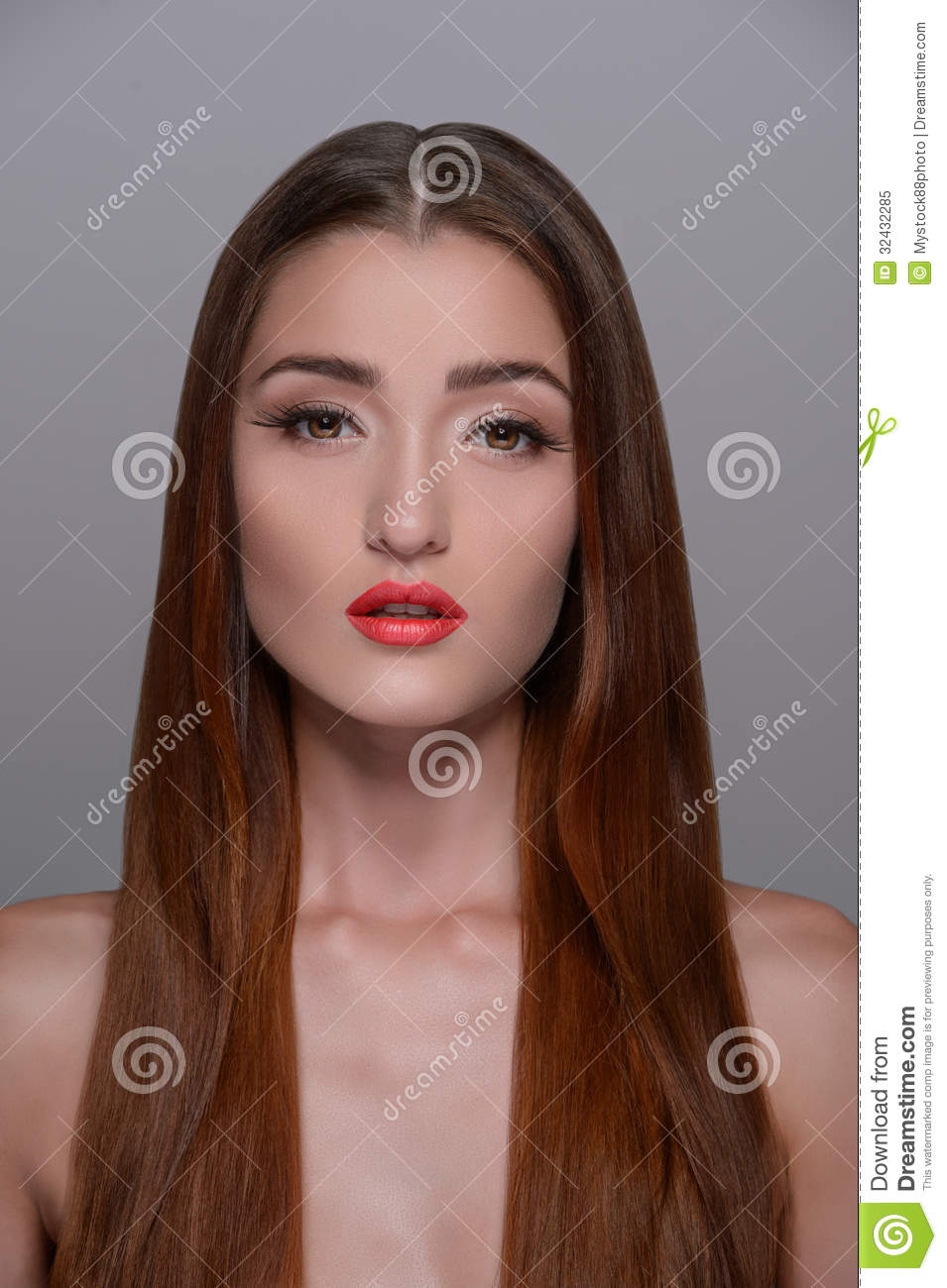 Pure beauty. Portrait of beautiful girl with smooth gloss long h