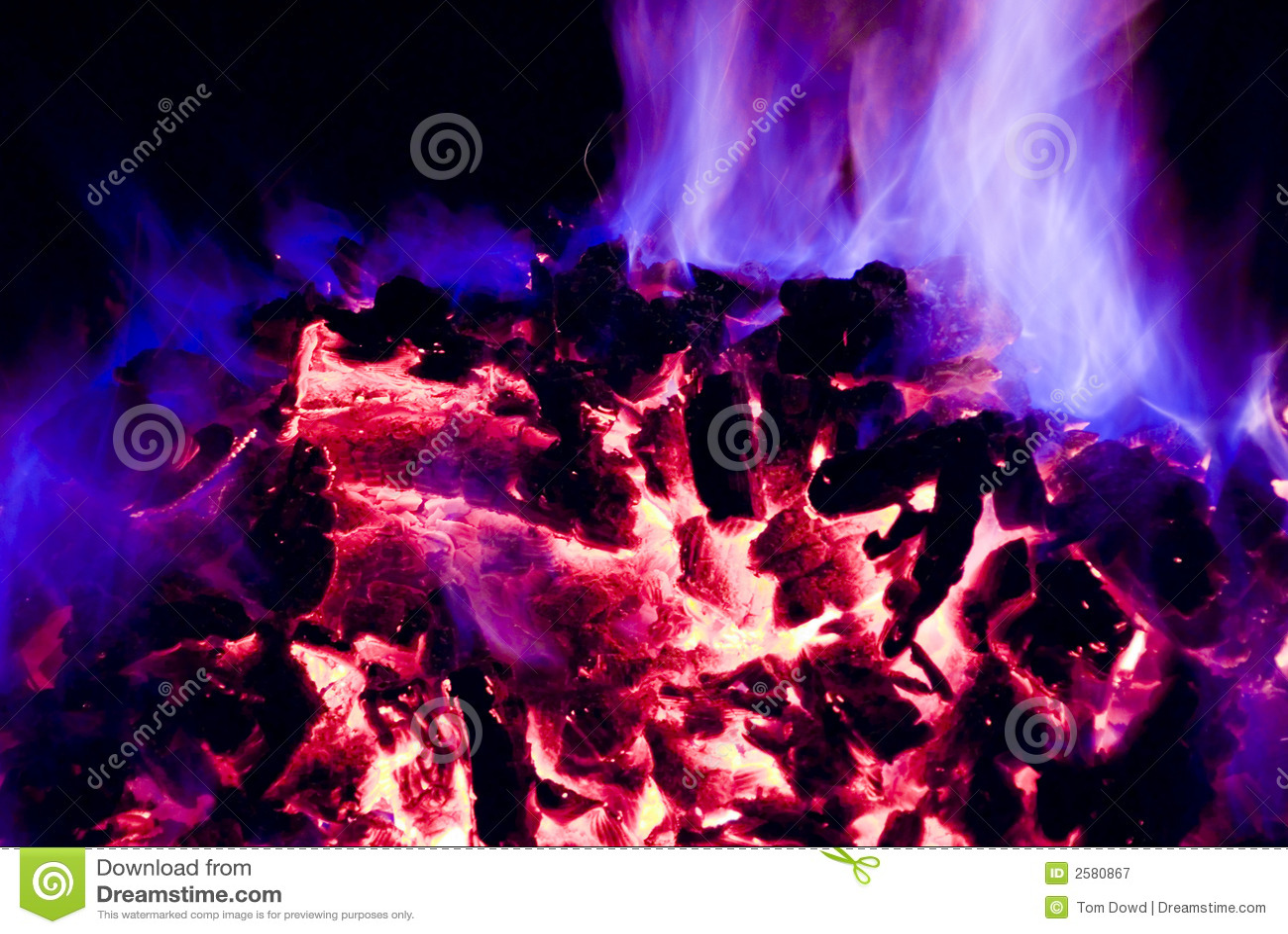 Purpere en Blauwe Vlammen van Brand