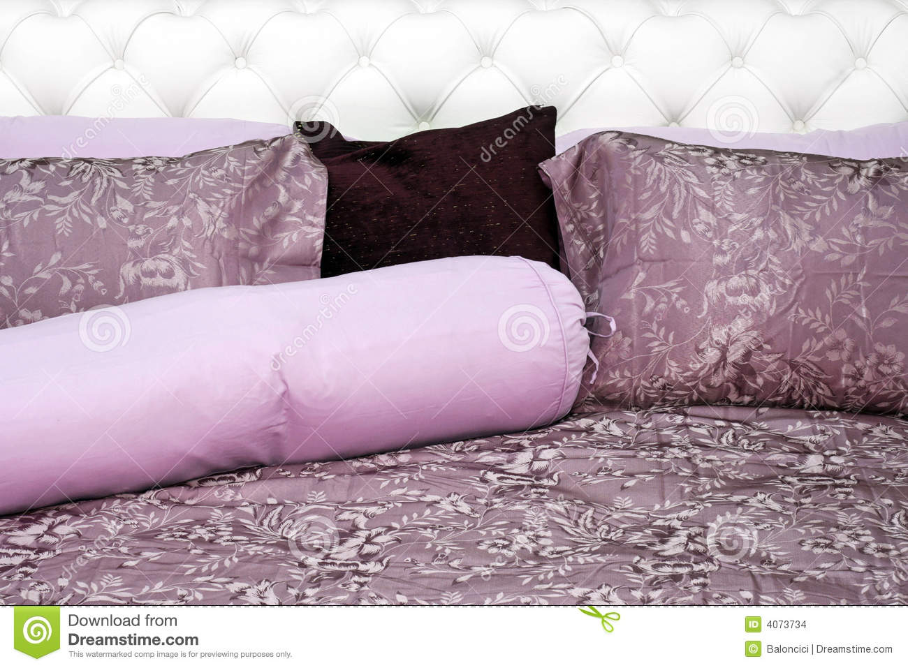 Displaying 15> Images For - Purple Bedding...
