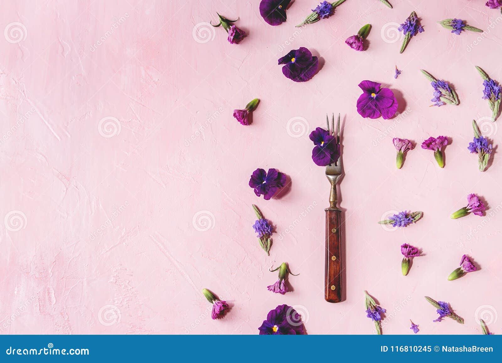 Purple Edible Flowers Stock Image Image Of Flower Meal 116810245
