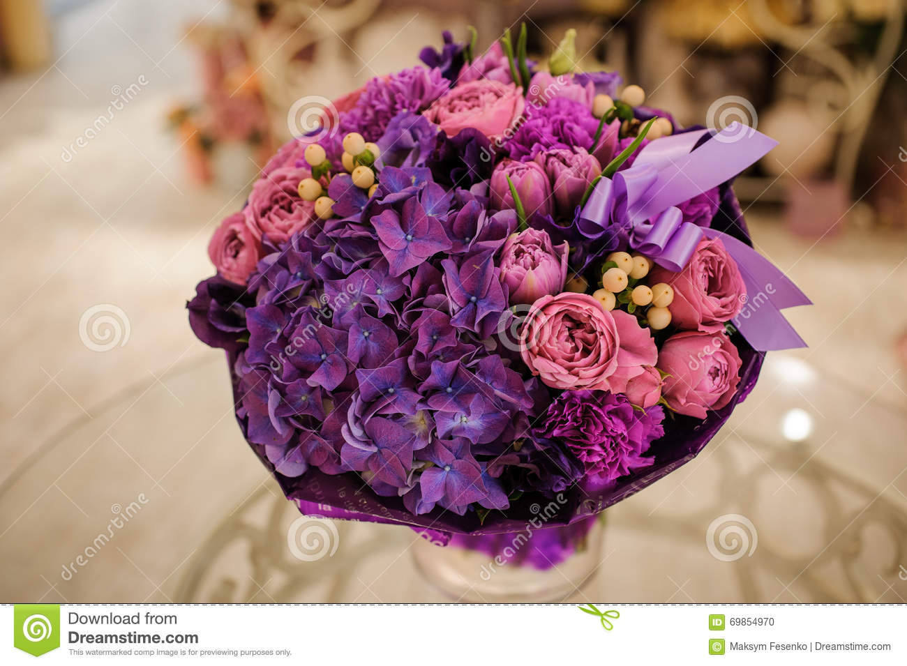 Purple Flower Bouquet Composition On Table Stock Photo - Image of ...