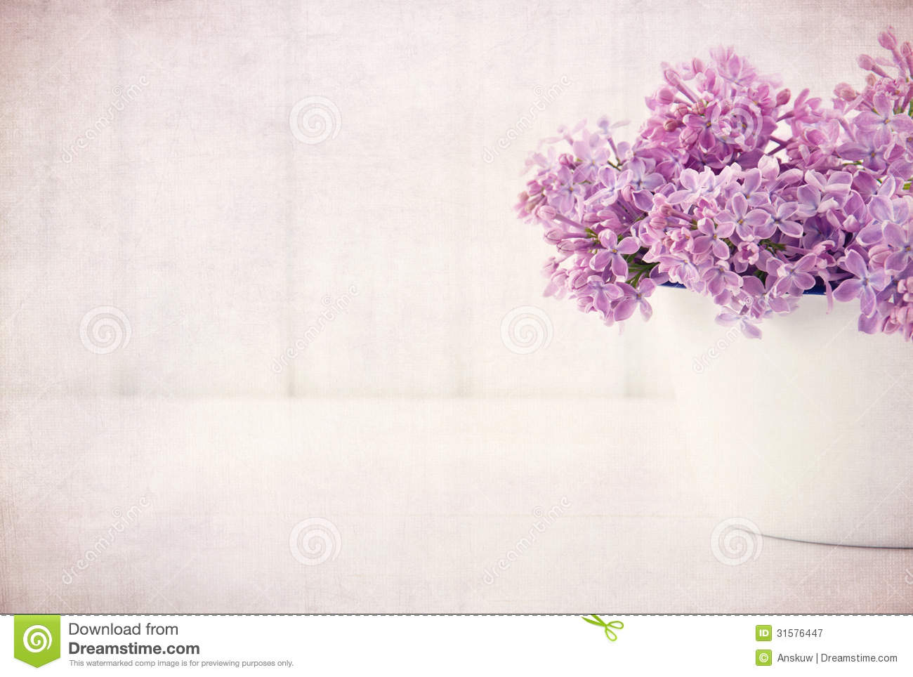 Purple Lilac Spring Flowers On Vintage Textured Background ...