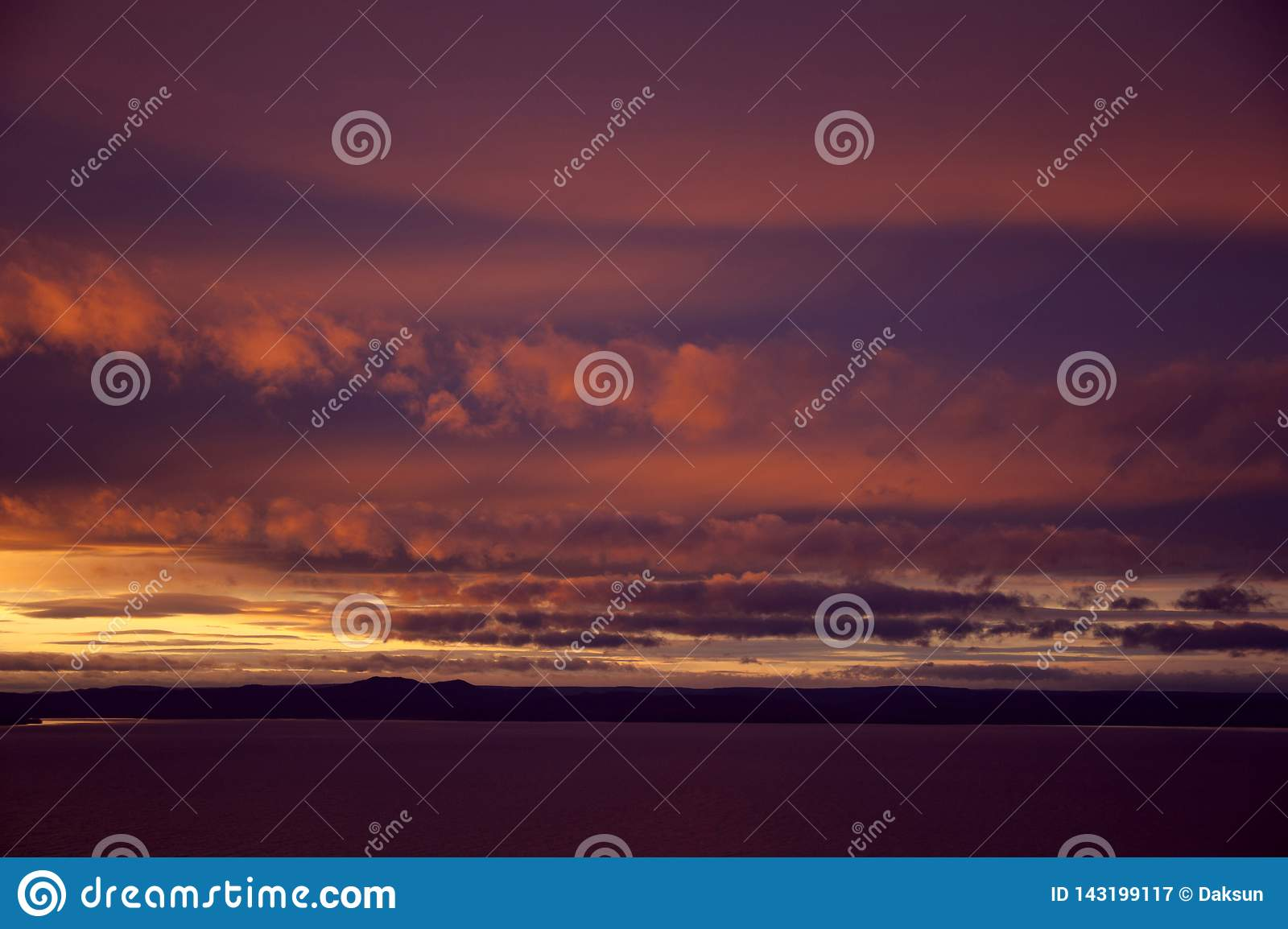 Purple Sunset Above The Sea Stock Image Image Of Blue Cloudscape 143199117