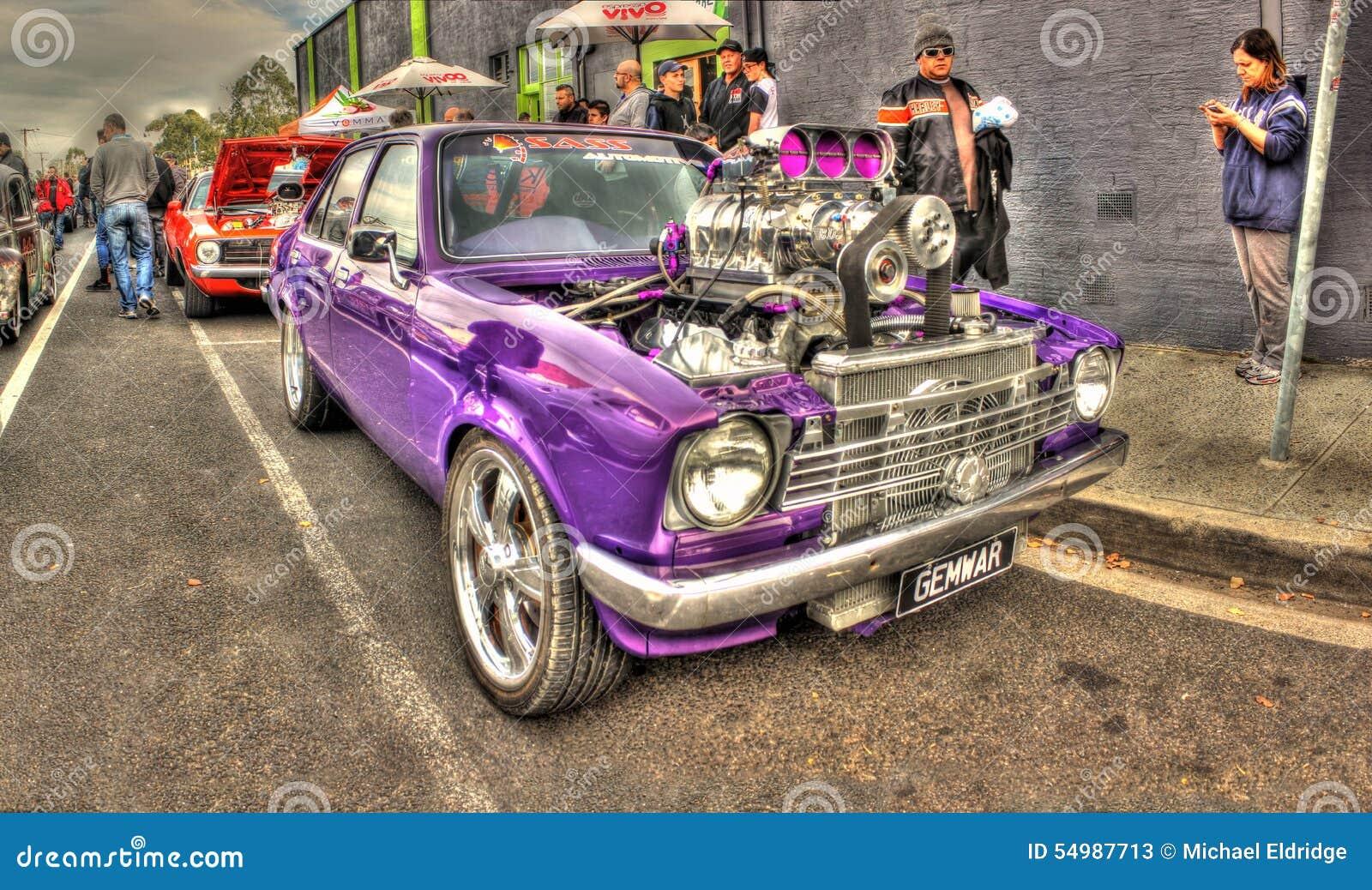 Purpurfärgade Holden Tvillingarna