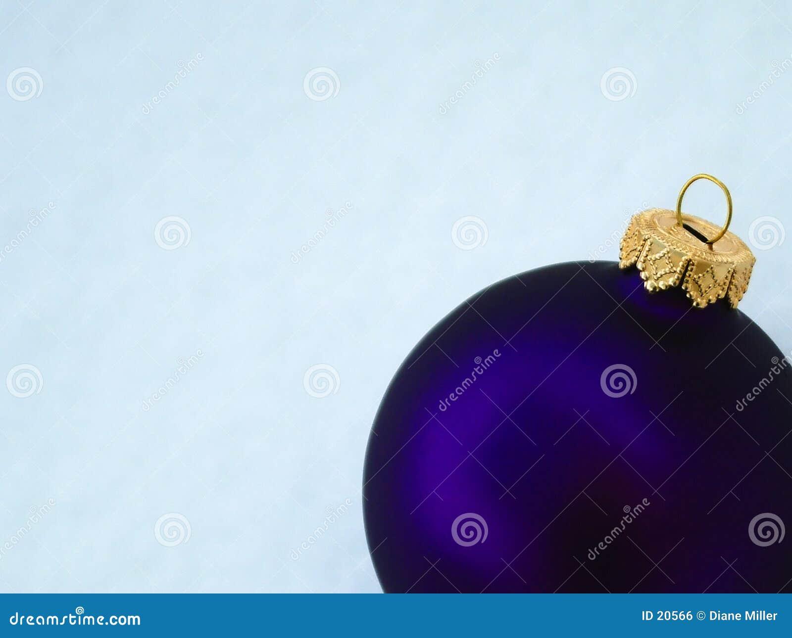 Purpurowy ornament