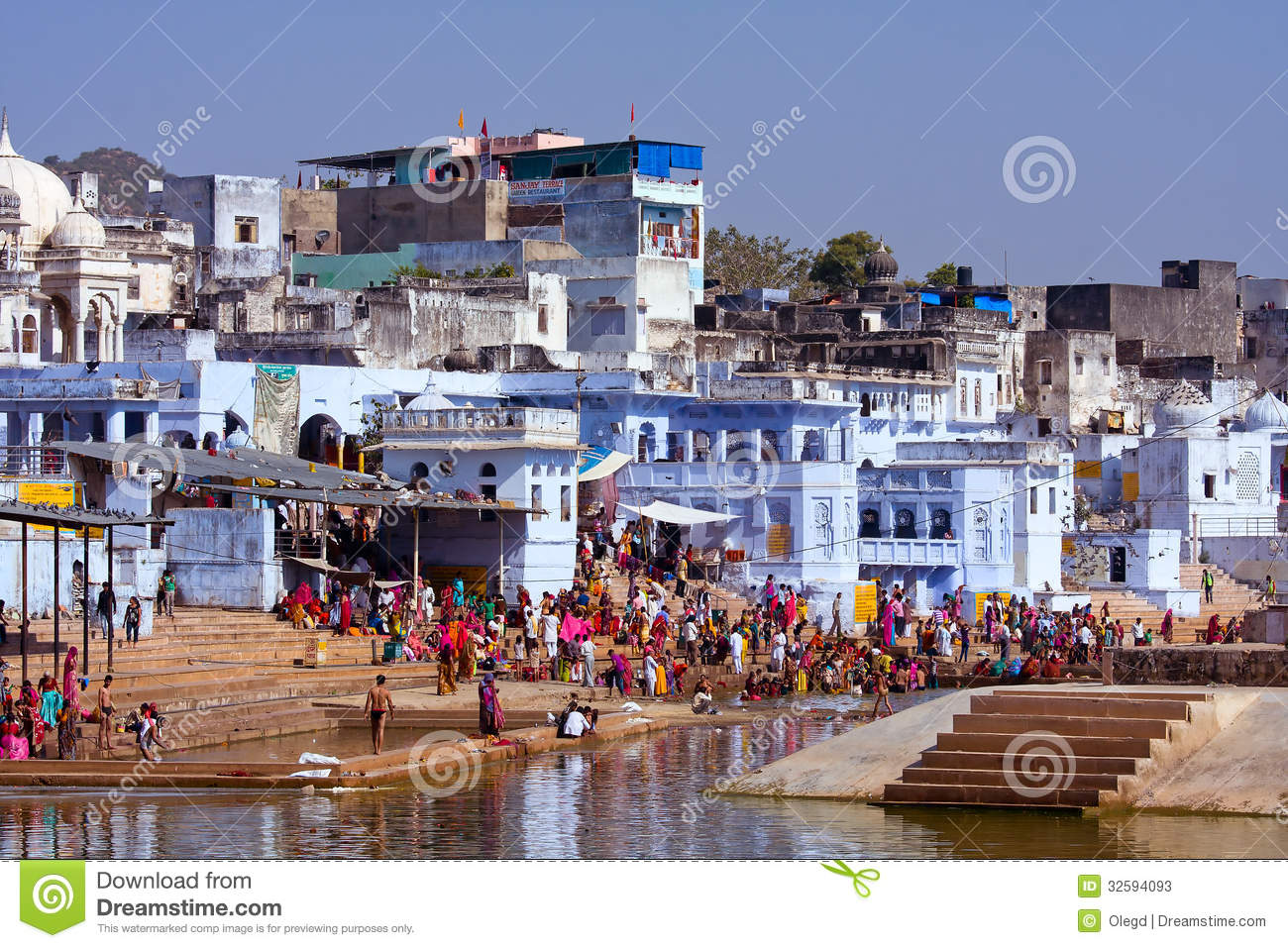 Pushkar India  city photo : PUSHKAR, INDIA NOVEMBER 18: people at ritual washing in the holy ...