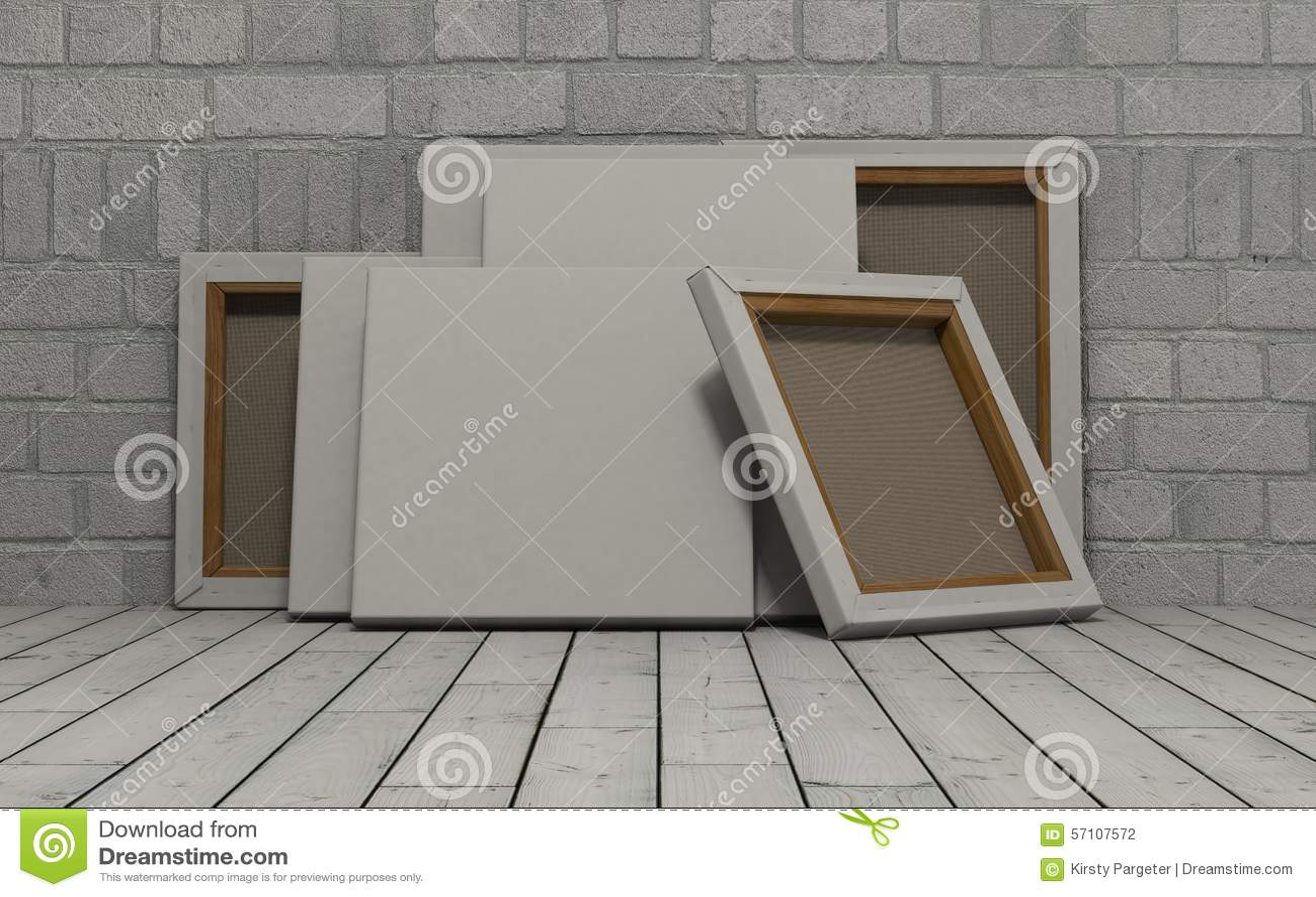 Pusta kanwa na odsłoniętym ściana z cegieł