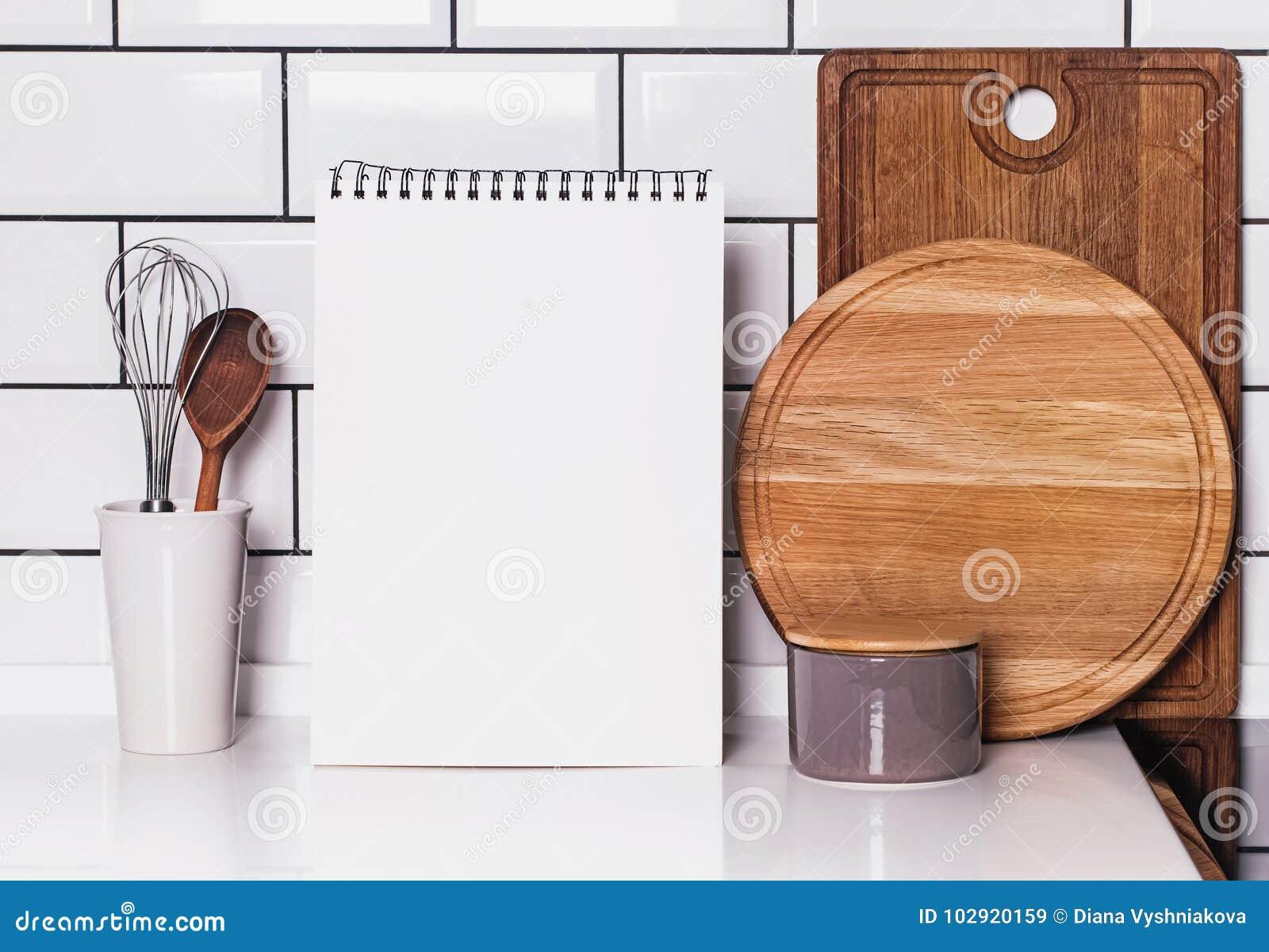 Pustego papieru albumowy egzamin próbny na kuchni