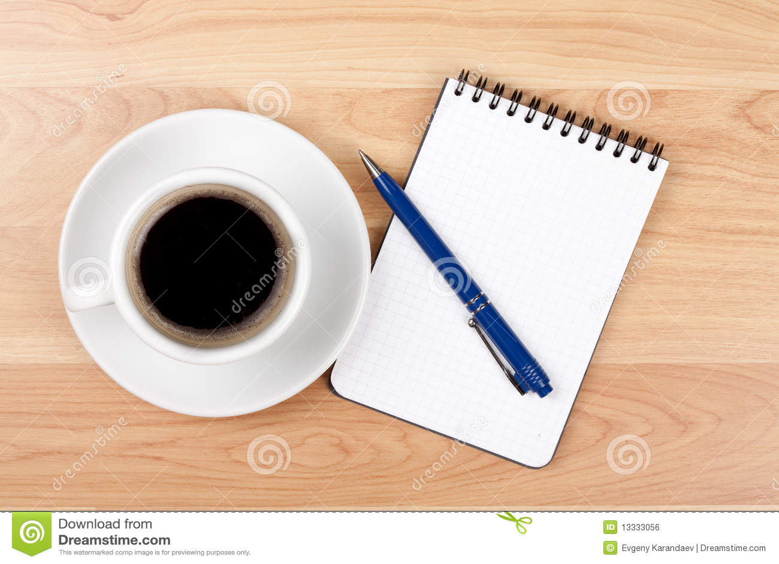 Pusty filiżanki kawa espresso notepad pióro