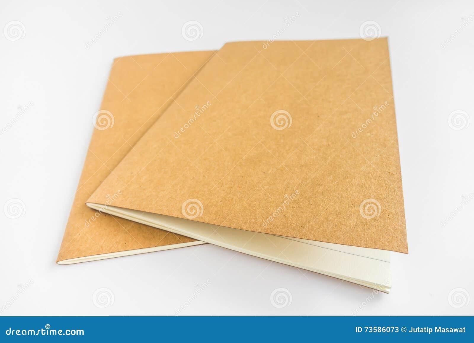 Pusty katalog, magazyn, książkowy szablon z miękkimi cieniami przygotowywający