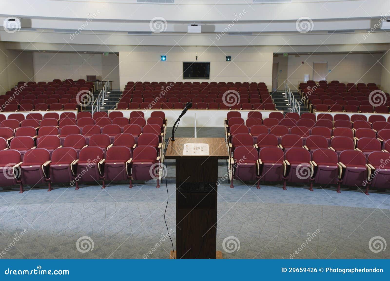 Pusty Konferencyjny audytorium