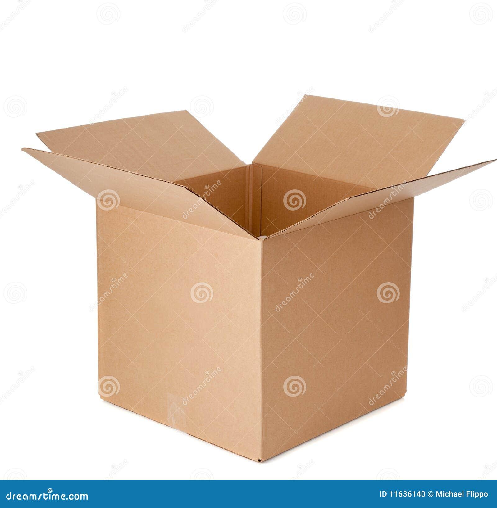 Pusty pudełkowaty karton otwiera