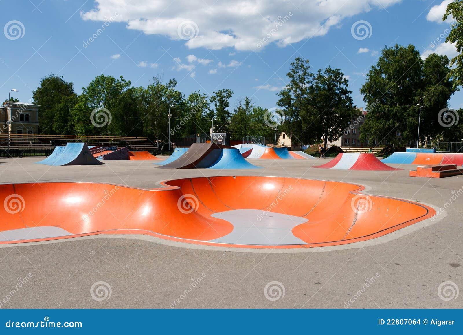 Pusty skatepark