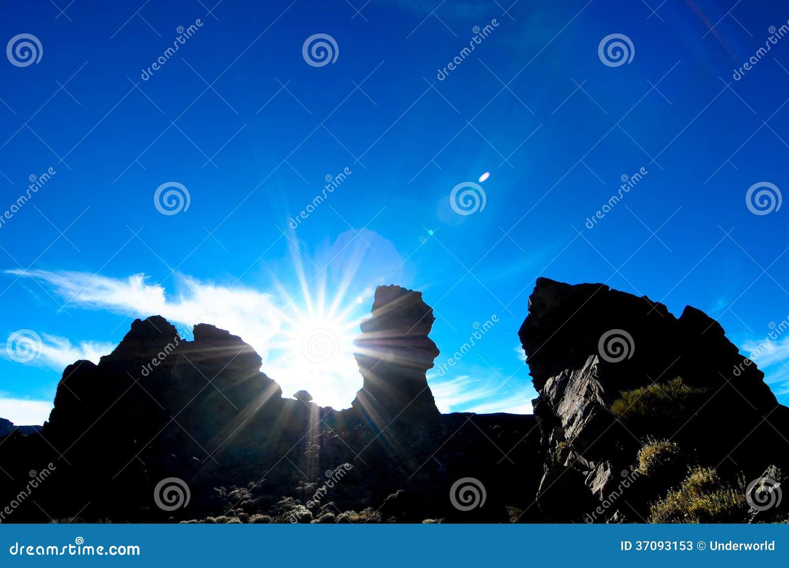 Download Pustynny krajobraz obraz stock. Obraz złożonej z wyspa - 37093153