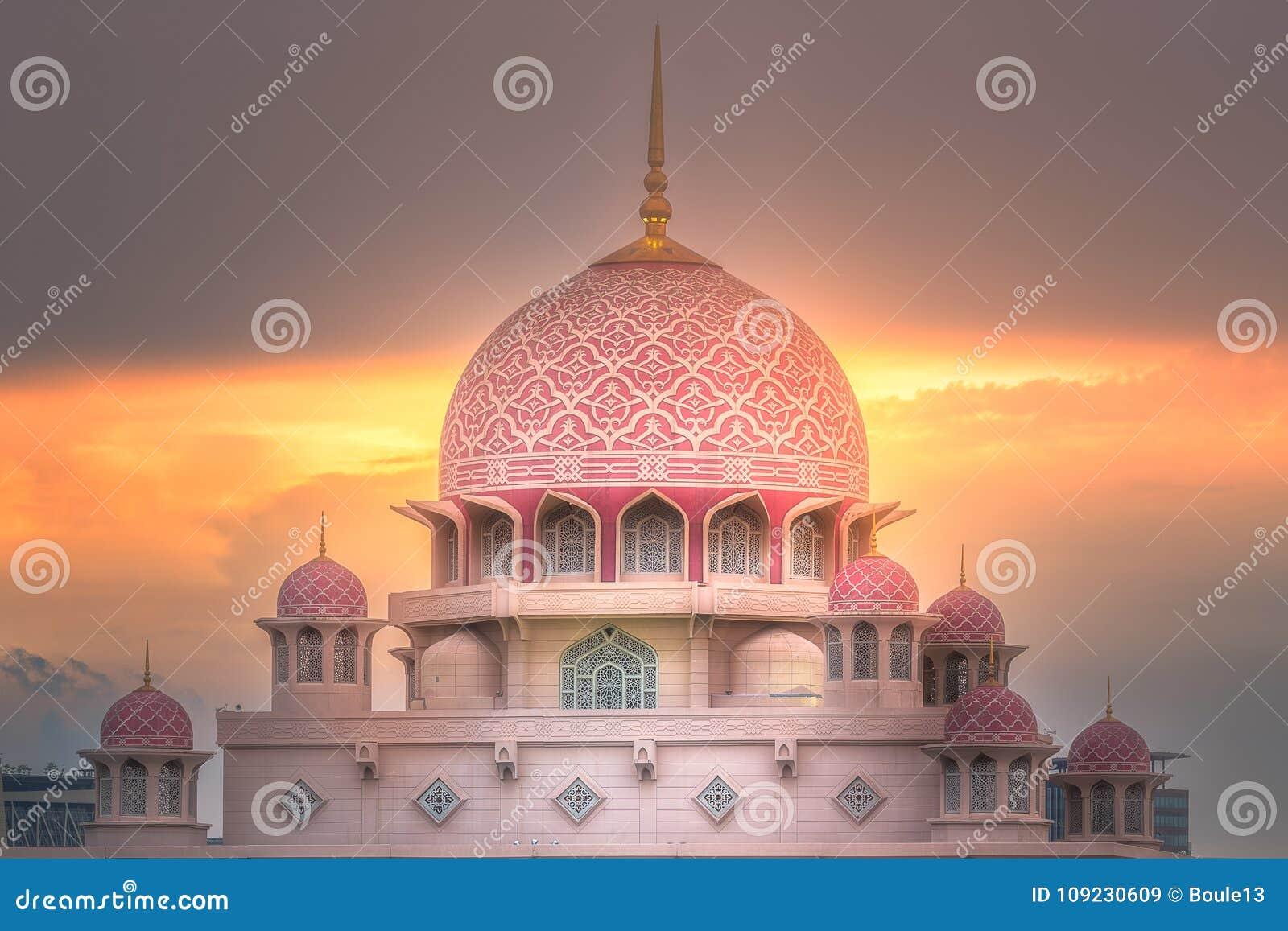 Putra Mosque with dramatic sky Putrajaya, Malaysia