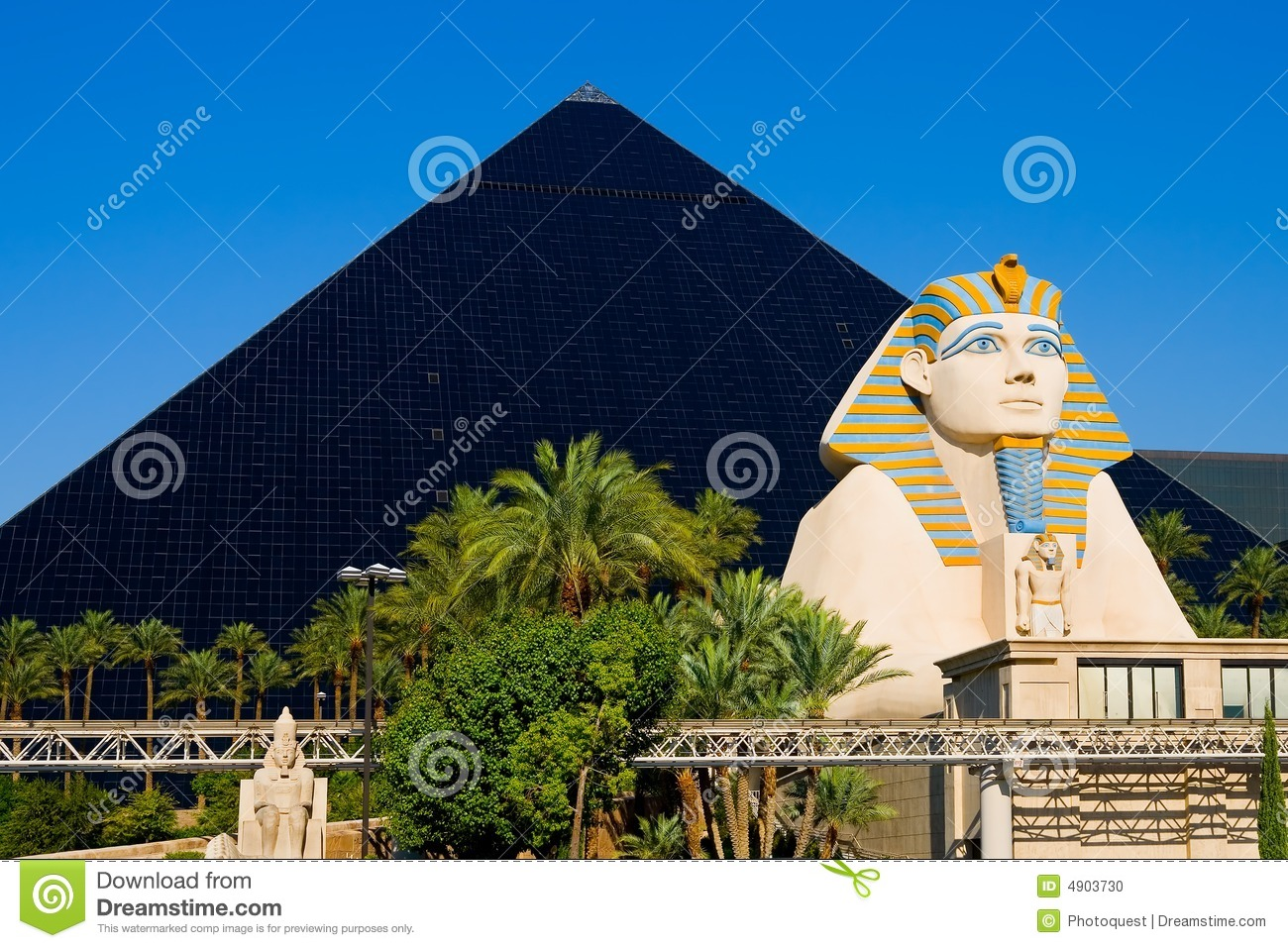 Pyramid Hotel In Las Vegas Editorial Image Image: 4903730