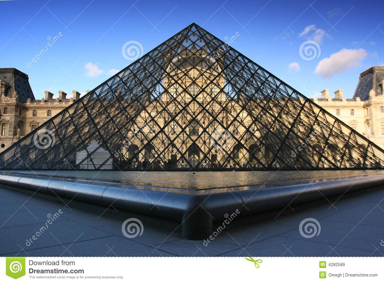 louvre museum online museum 2piece observatory Museum tour of louvre i decided to take a virtual tour of the museum of louvre located in france  louvre museum online museum 2piece observatory essay.