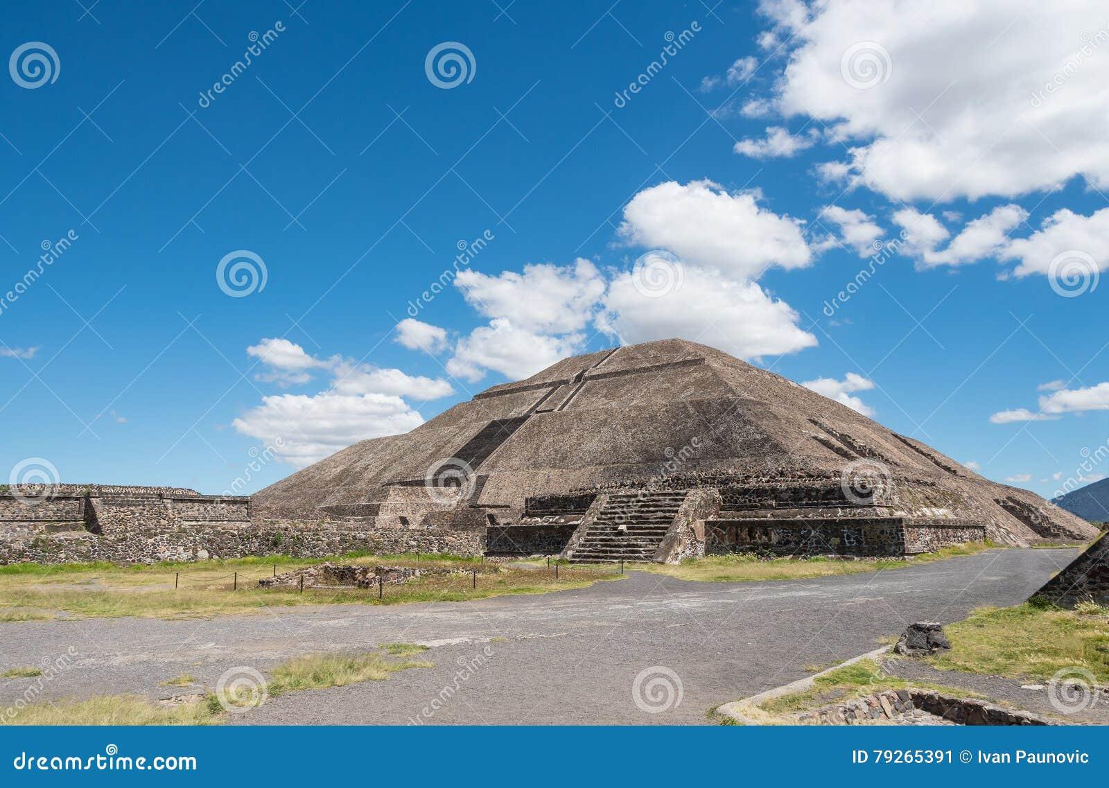 Pyramide du Sun