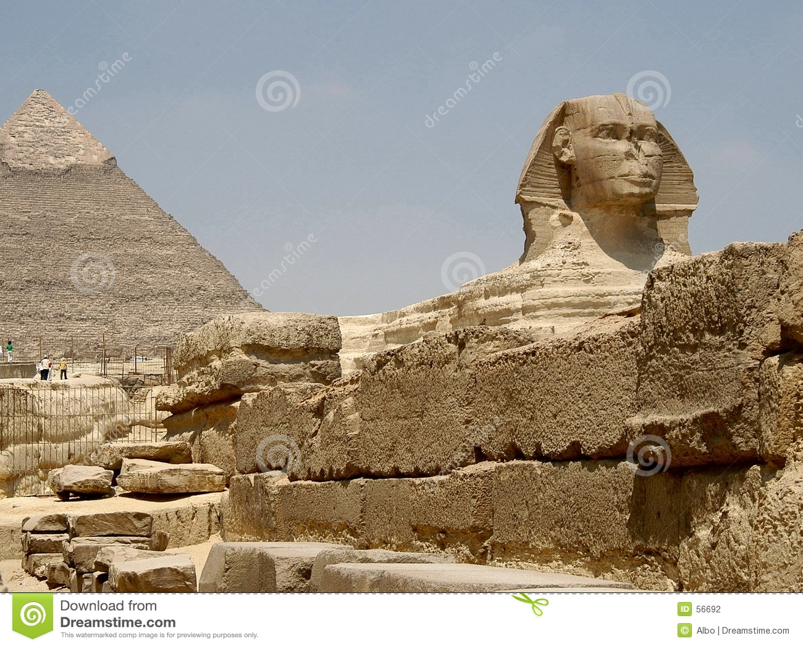 Download Pyramide et Sphynx photo stock. Image du chaud, antique - 56692
