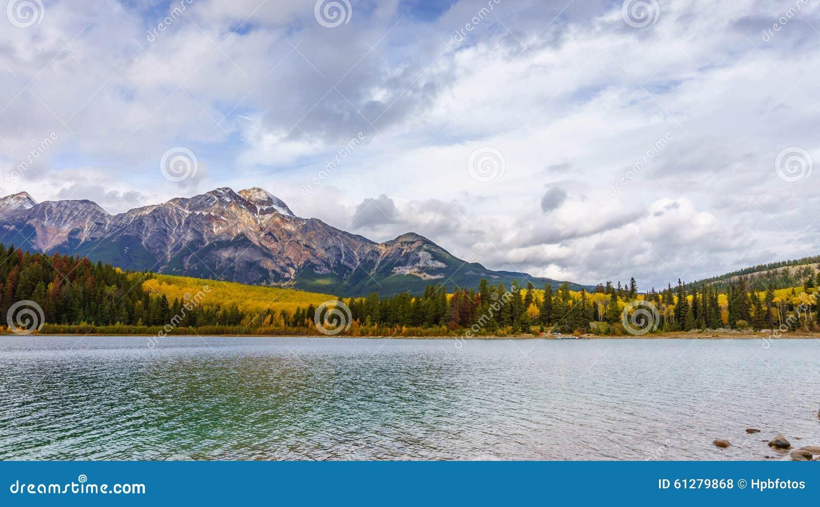 Pyramiden-Berg und Patricia Lake