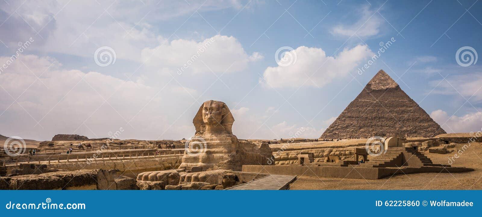 Pyramides de Gizeh avec le sphinx, Egypte