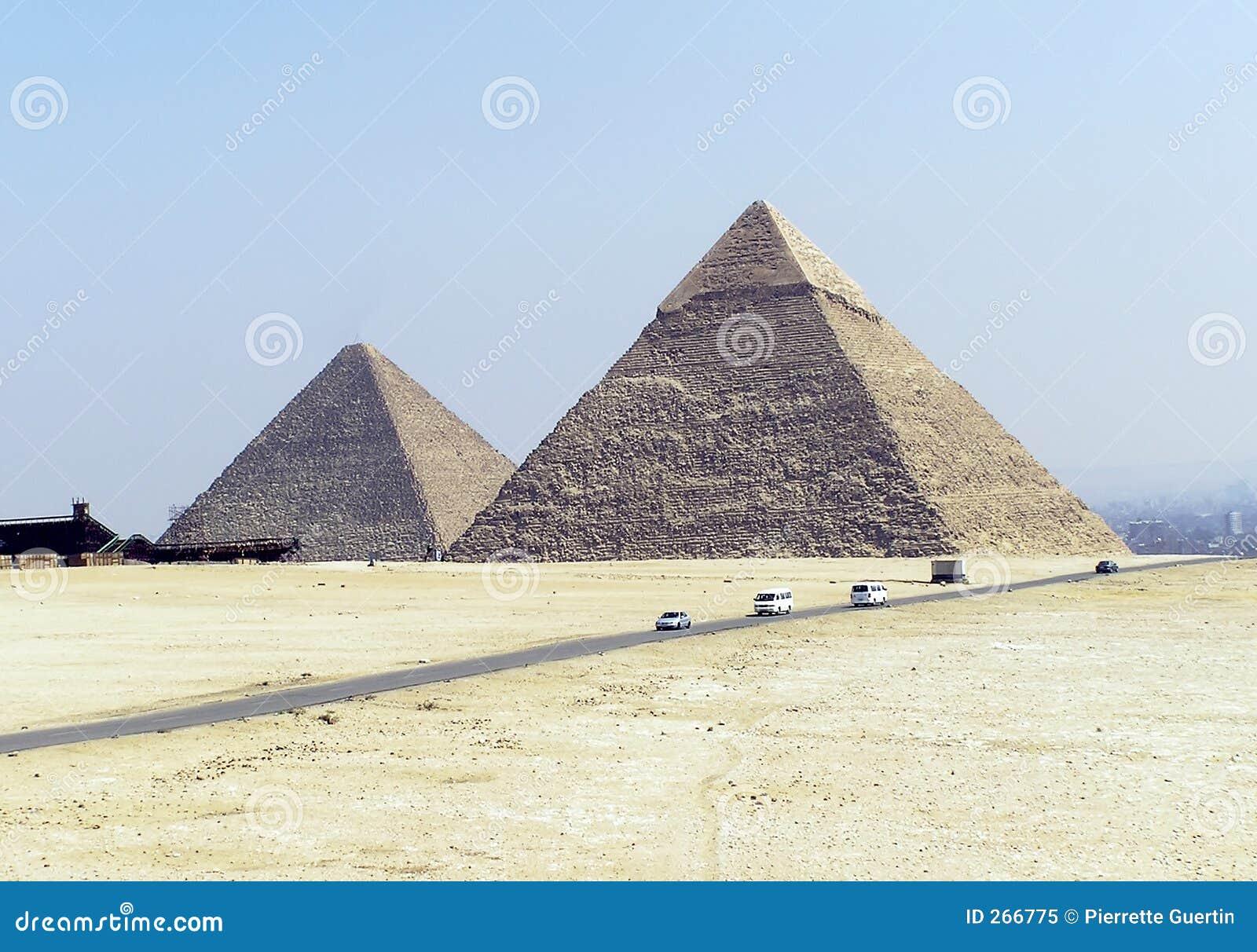 Pyramides de l Egypte (deux)