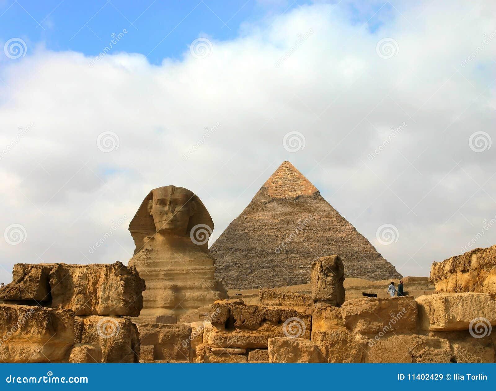 Pyramides et sphinx de Giza. l Egypte.