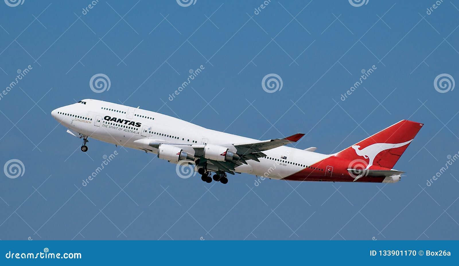 Qantas Boeing 747 jumbo jet Zdejmować