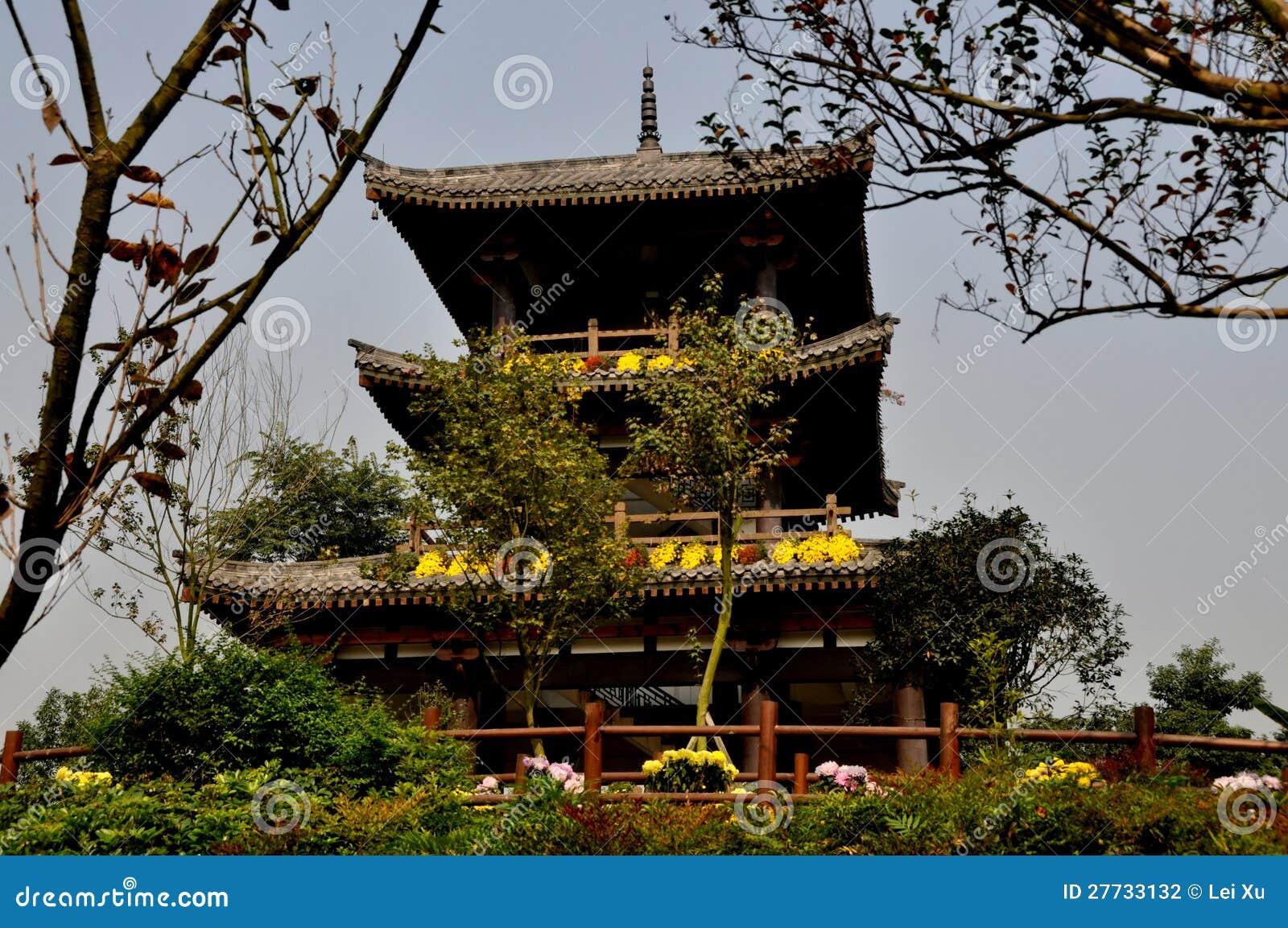 Qingbaihjiang, China: Sakura-Pagode