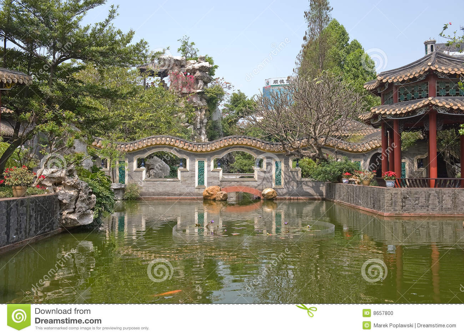Qinghui de jardin de passerelle
