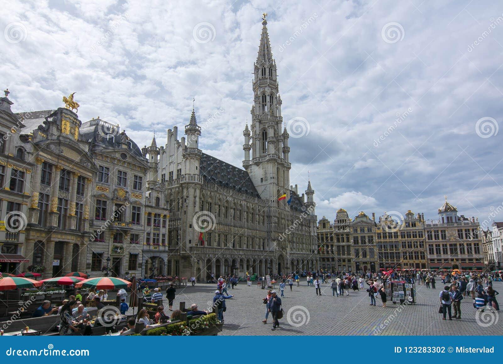 Quadrado de Grand Place no centro de Bruxelas, Bélgica