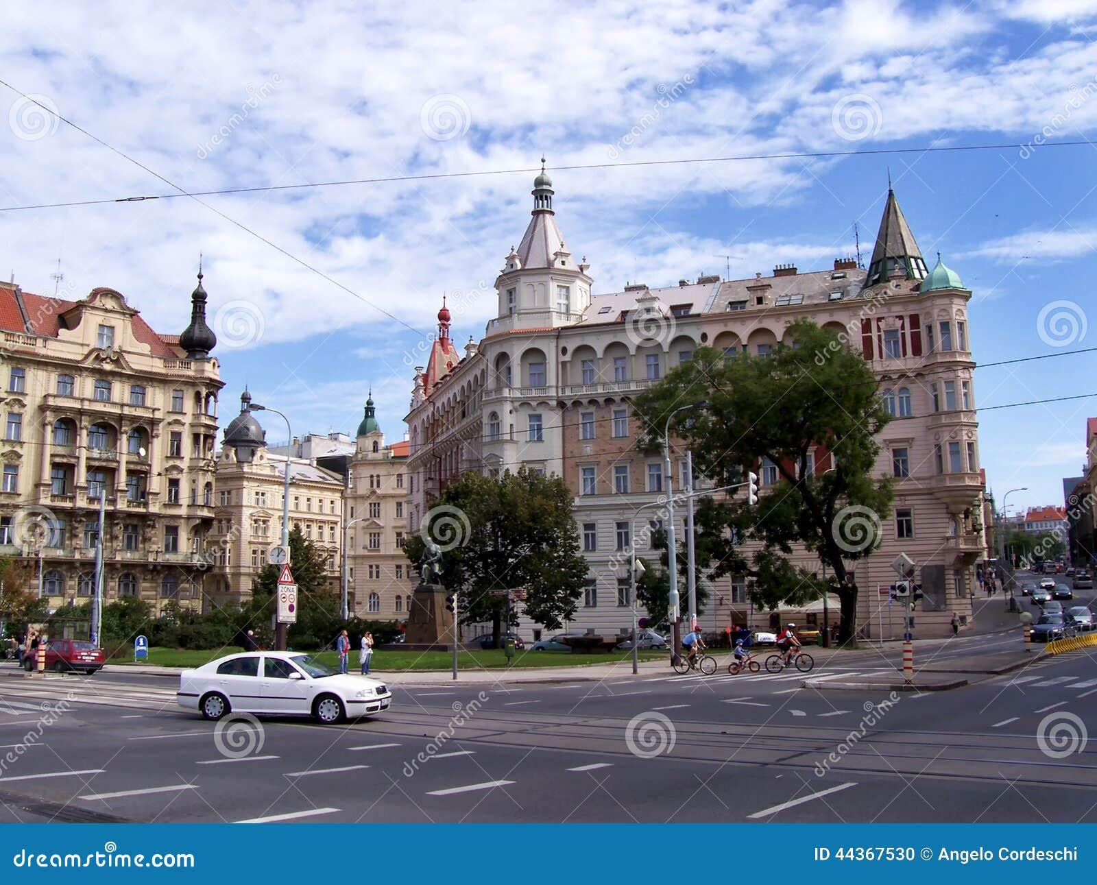 Quadrato a Vienna con le costruzioni