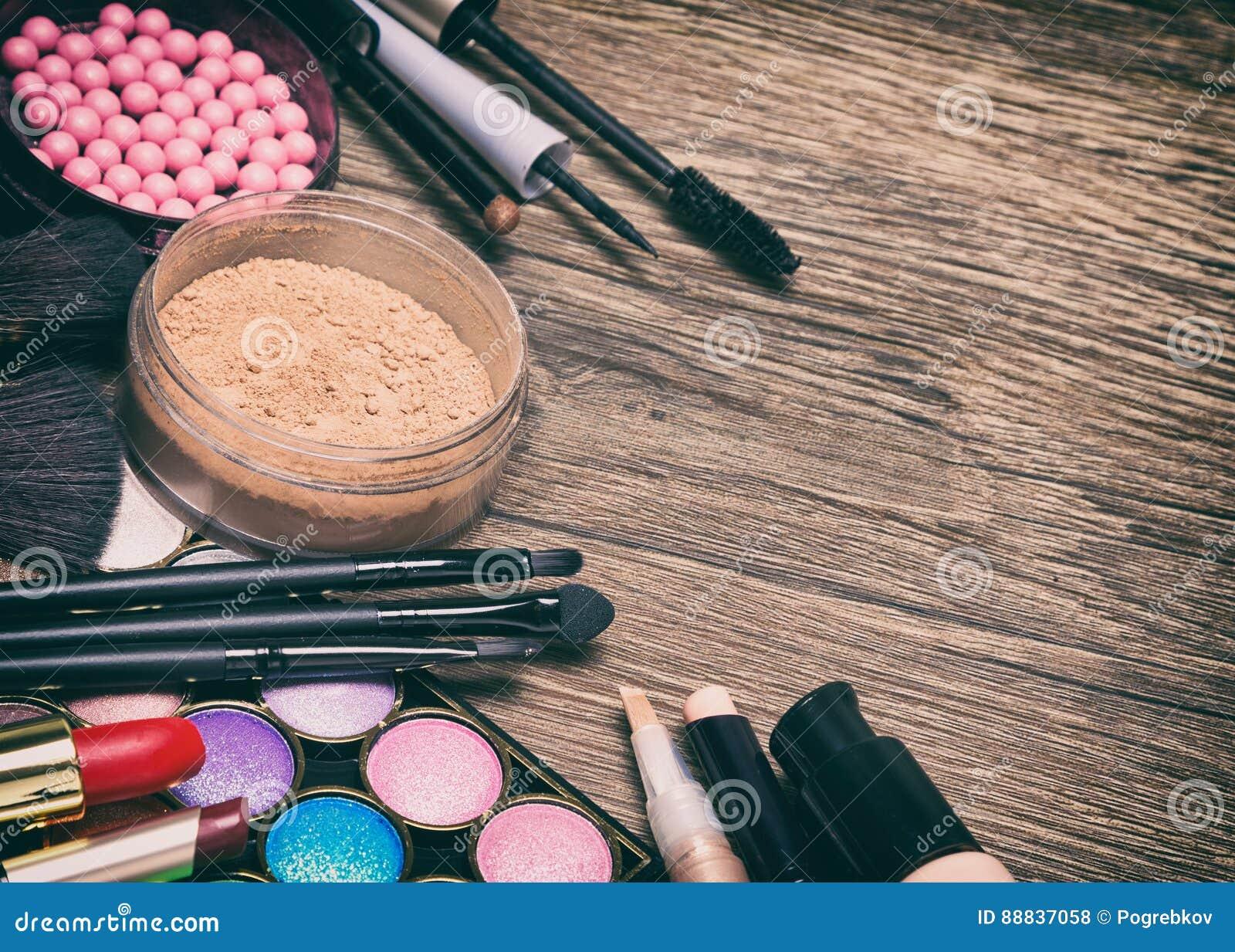Quadro de produtos de composição básicos com espaço da cópia