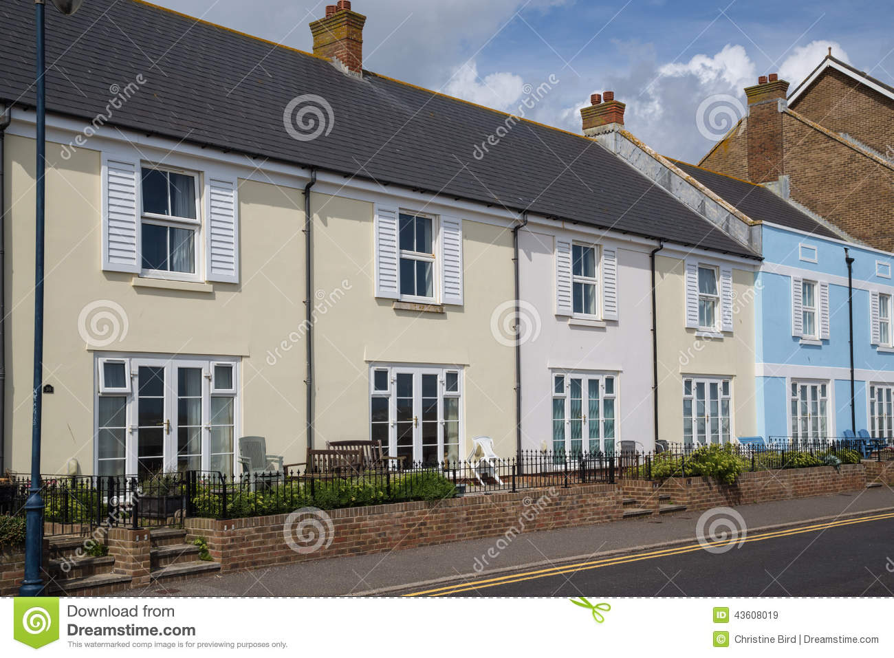 Quaint terrace houses in hythe kent uk stock photo for Seafront homes