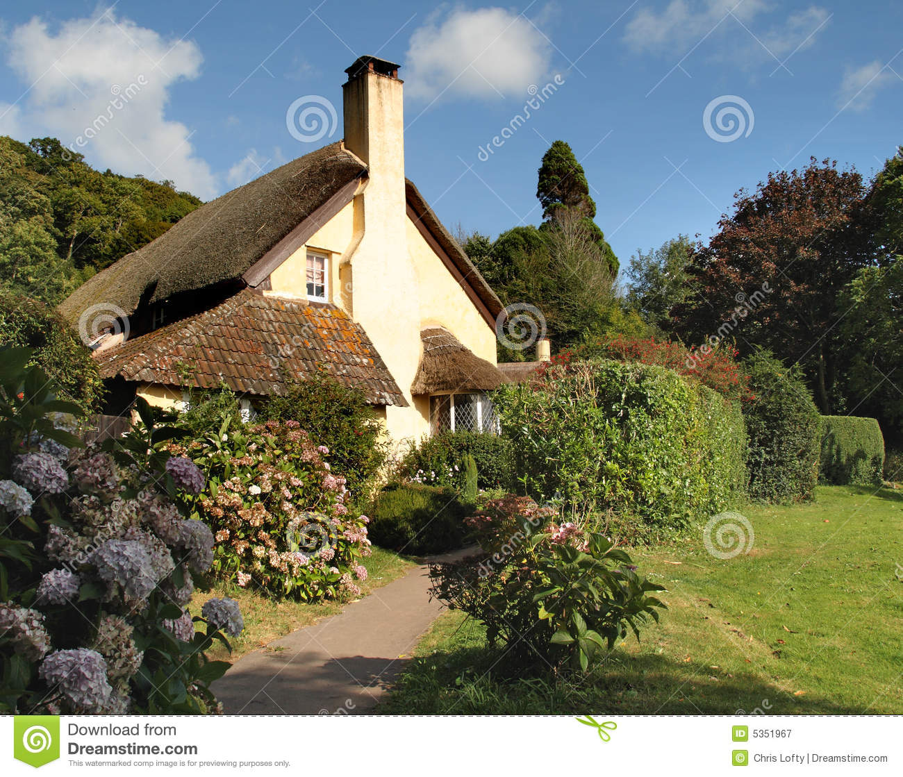 Quaint Thatched English Cottage Royalty Free Stock ... Quaint English Cottages
