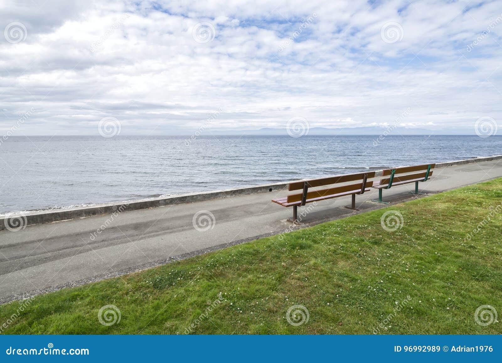 Qualicum Beach Boardwalk In The Summer Stock Image - Image of rock ...