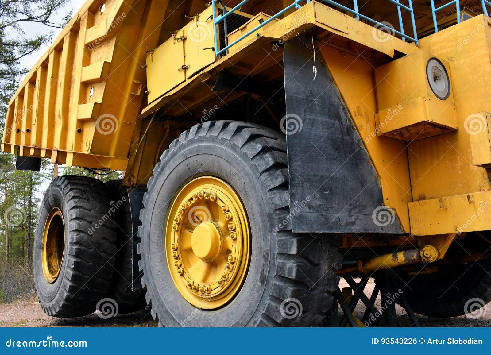 Dump front mining quarry side truck